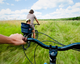 Background-bny-mellon-landscape-family-biking